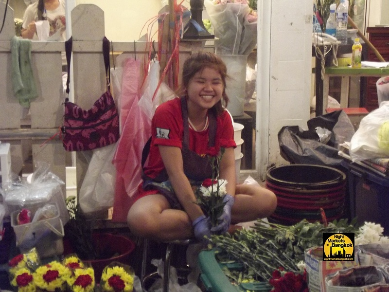 Such a cute girl @ Flower Market