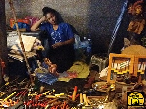 Workng Late into the night at Khlong Thom Market