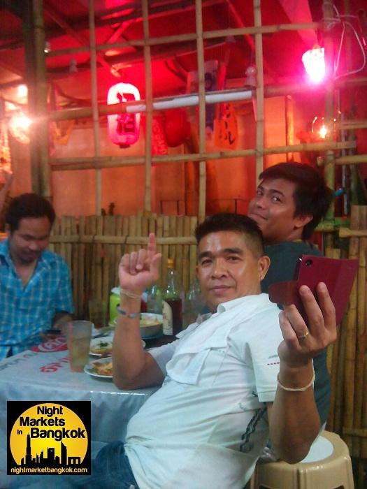 Nooms Restaurant and Street food in happyland, Bang Kapi, Bangkok